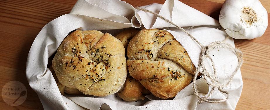 garlic rollsfeatured