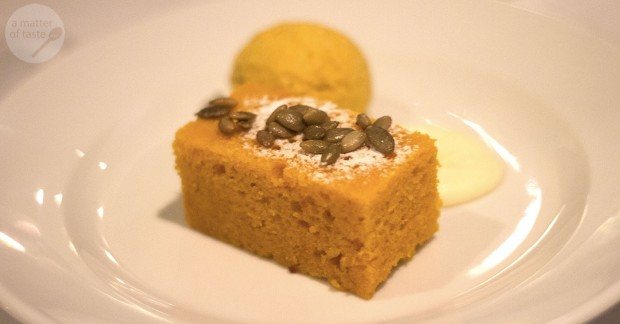 warm carrot cake, cream cheese mousse, candied pepitas & pumpkin ice cream