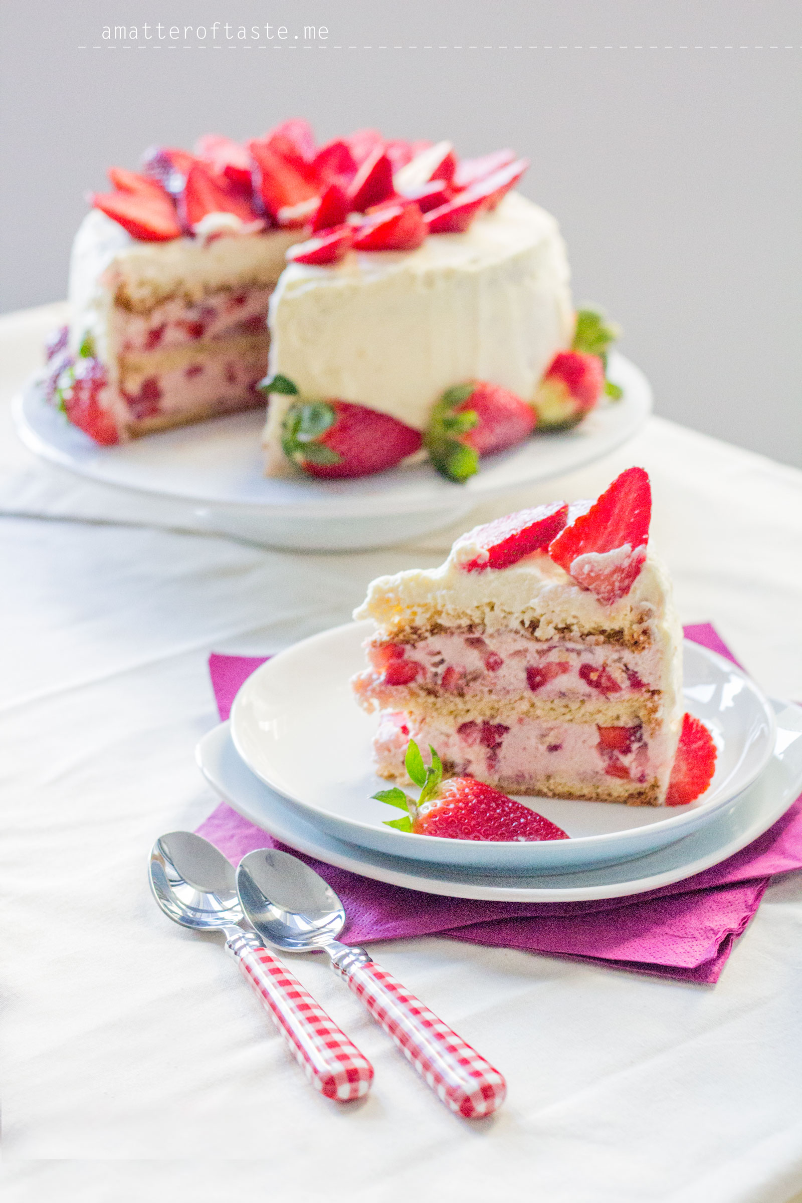 Very-Strawberry Torte – a matter of taste – food & travel blog
